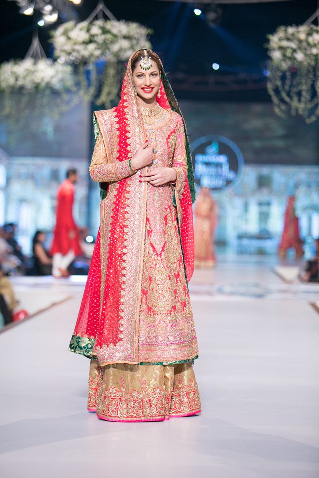 Nomi Ansari Bridal Collection at PBCW 2014 Day 1 | Traje