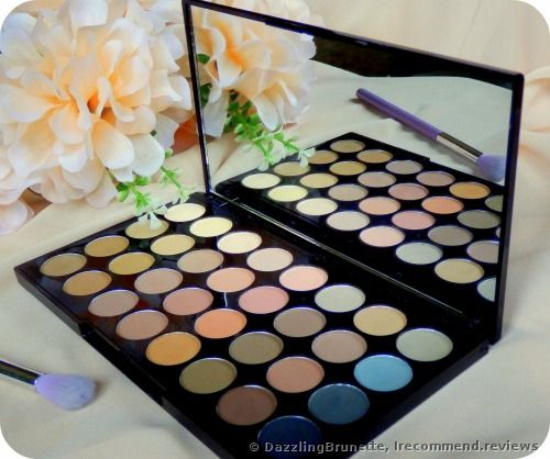 32 matte shades in pastel colors, united in the Beyond Flawless Makeup Palette. Great eyeshadows for everyday makeup.' Makeup Revolution Ultra ...