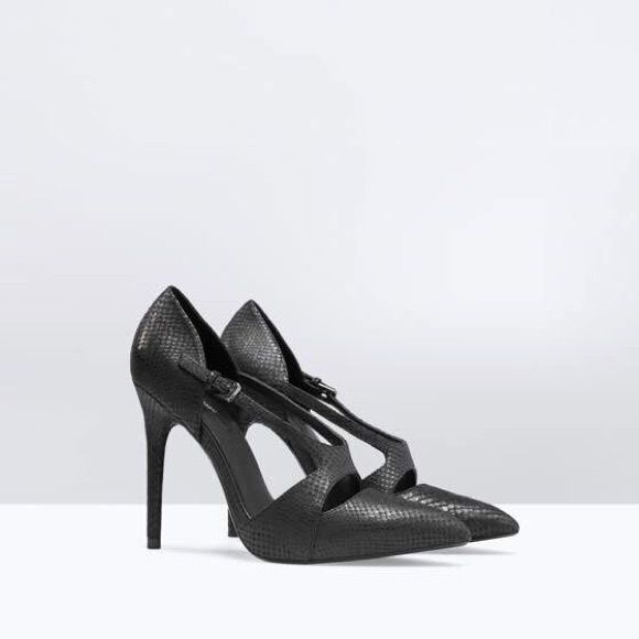 """Zara asymmetric cut leather court shoe(6247) New with tag without box. EUR size 39. Upper 100% COW LEATHER Lining 89% polyurethane 20% polyester. Height 11,2 cm/ 4,41"""" Zara Shoes"""