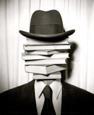 Dedicated to all the book heads out there | www.pinright.cojm