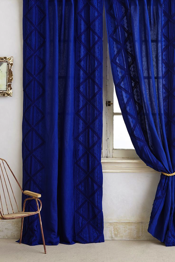 Tuesday S Trends Lacey Accentsrobin Baron Royal Blue Bedrooms