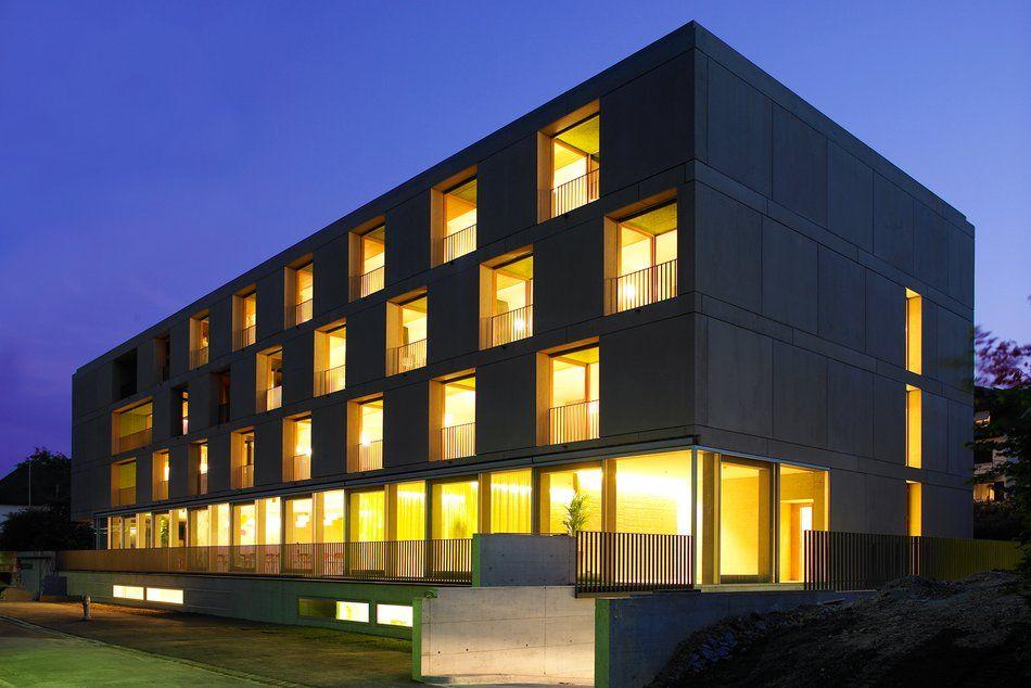 Schiebefenster grossflächig - Alterszentrum Rabenfluh, CH