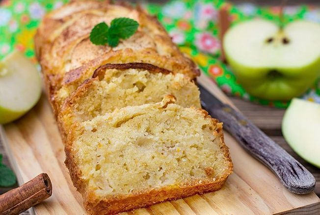 Cyril Lignac révèle sa recette du moelleux aux pommes et on ne peut pas y résister