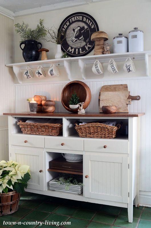 christmas in a farmhouse kitchen kitchen interior kitchen sideboard sideboard decor on farmhouse kitchen xmas id=54284