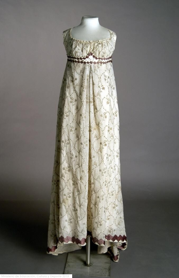 Dress: ca. 1800-1810, muslin embroidered in silk and metallic threads. Search for CE000921
