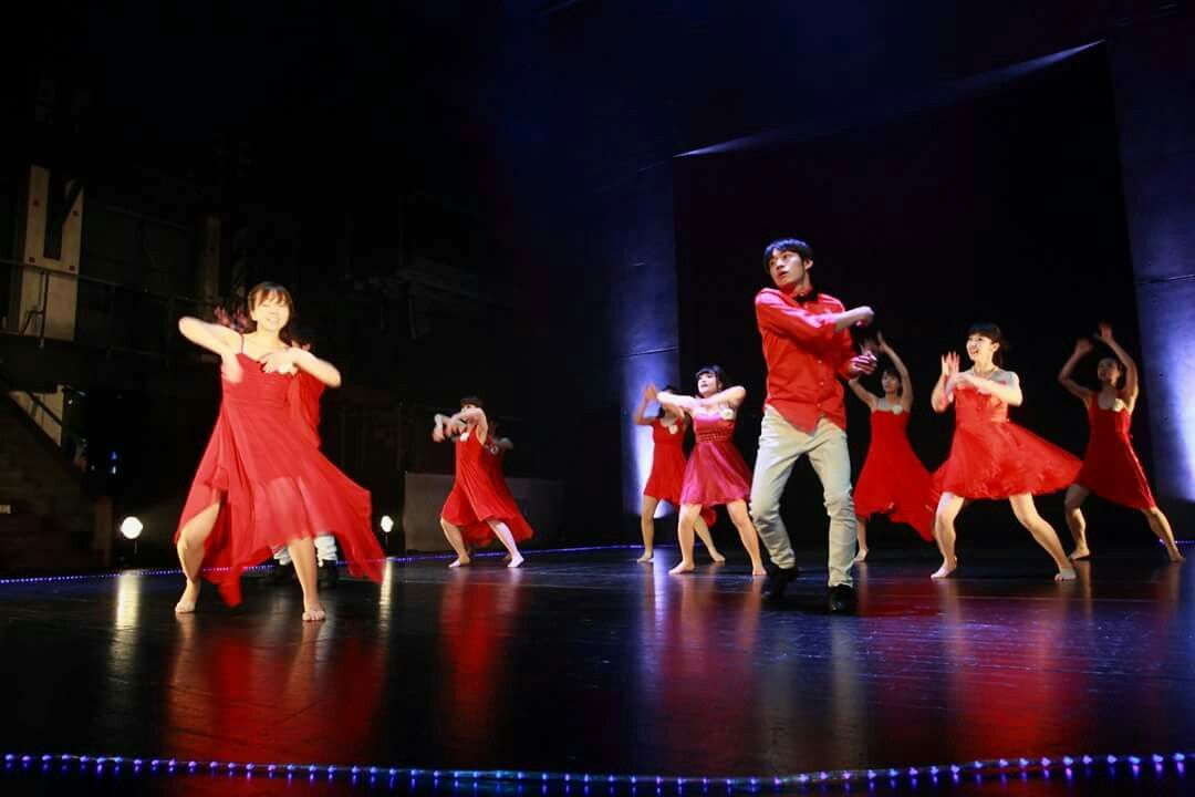 「Tune in FESTIVAL VOL.1」 2016年5月4日(水)彩の国さいたま芸術劇場 テーマパークダンサー育成クラス(振付:KOIZUMI先生) http://www.tunein-creative.com/dance-college/ http://www.tunein-creative.com/festival/ 【Tune in DANCE STUDIO】(チューンイン ダンススタジオ) http://www.tunein-creative.com/  埼玉県川口市青木5-18-30 5-18-30, Aoki, Kawaguchi-shi, Saitama, 332-0031, Japan TEL:048-255-2979 テーマパークダンス