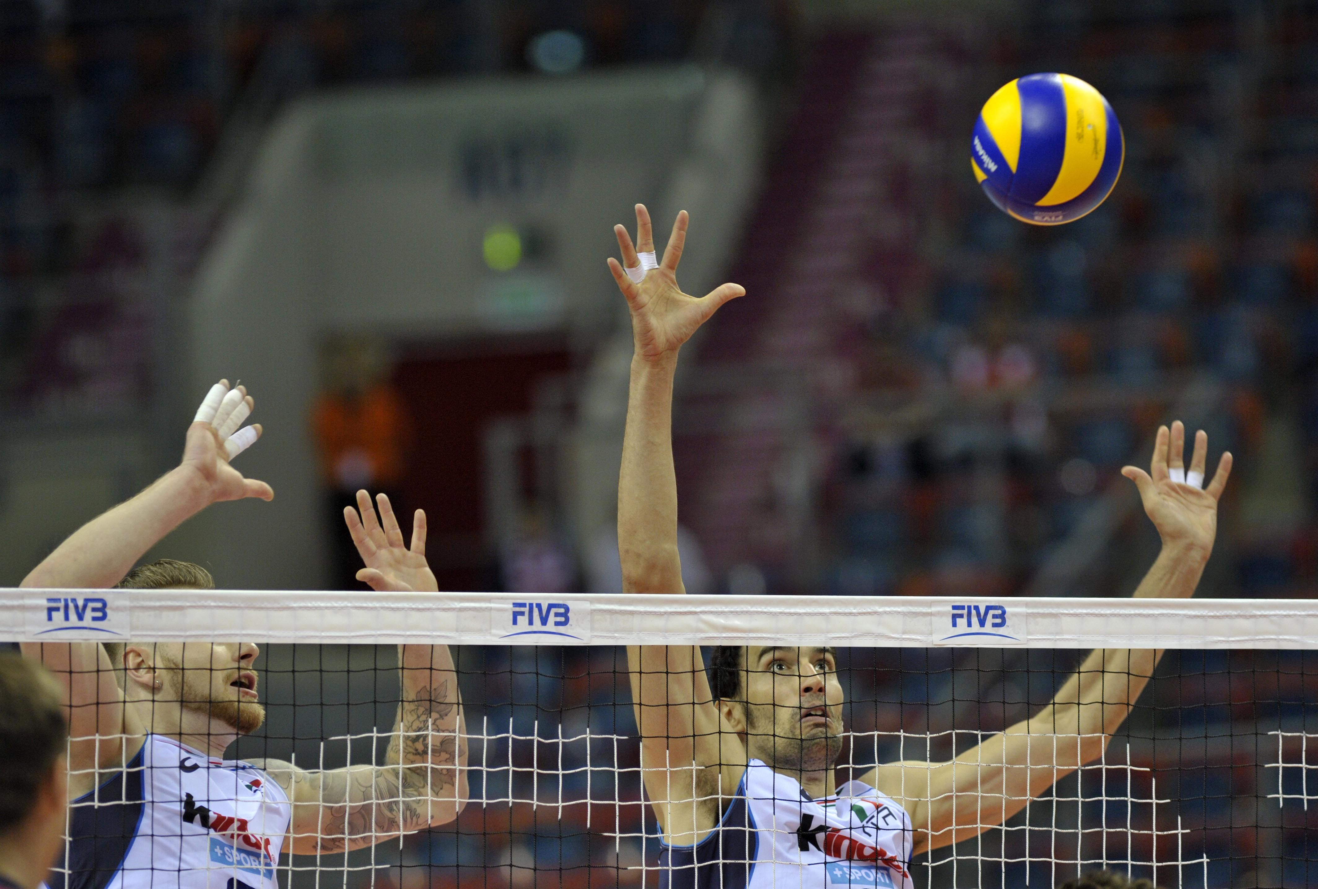 Ivan Zaytsev And Emanuele Birarelli During The Match In 2020