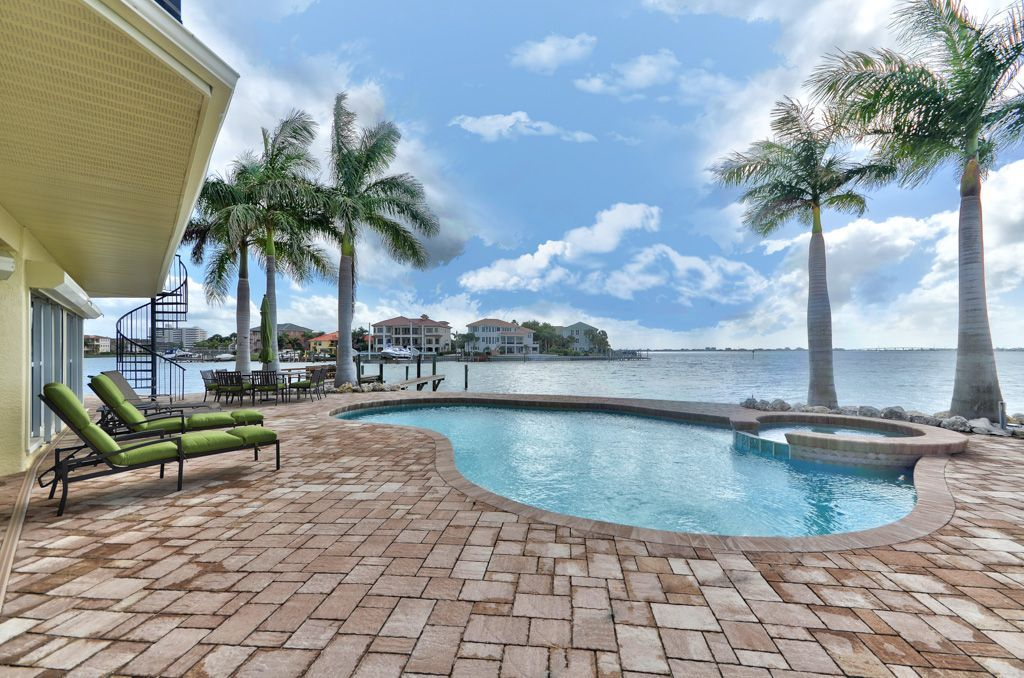 House vacation rental in St. Pete Beach from Too