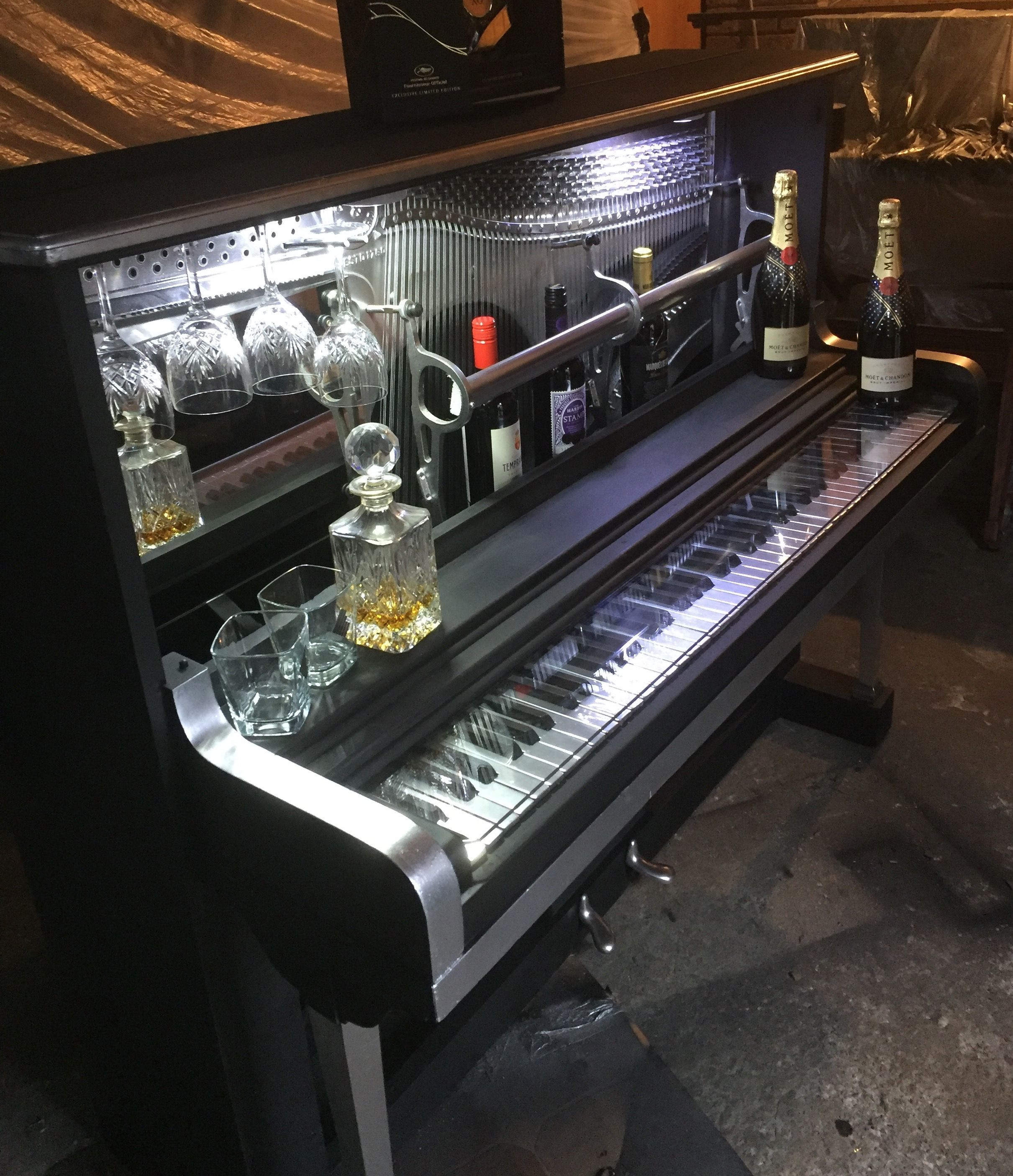 piano bar reposed piano pinterest pianos bar and repurposed. Black Bedroom Furniture Sets. Home Design Ideas