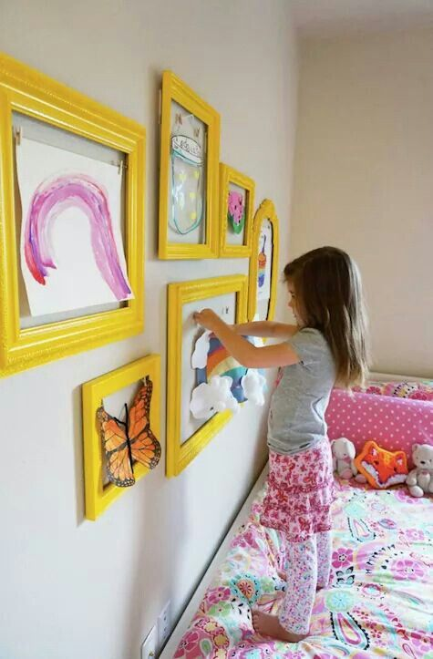 Displaying children\'s art work | Kid bedroom | Pinterest | Grandkids ...