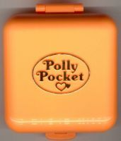 Polly Pocket Polly's Town House Compact