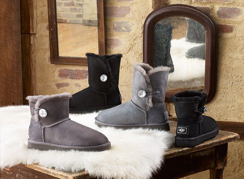 ugg australia women's bailey button bling triplet sheepskin boot