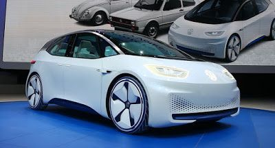 Volkswagen Vergleicht Das Neue I D Konzept Mit Dem Kafer Concepts