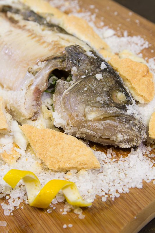 Pescado a la sal recipe delicious food fish and food for Si fish and more