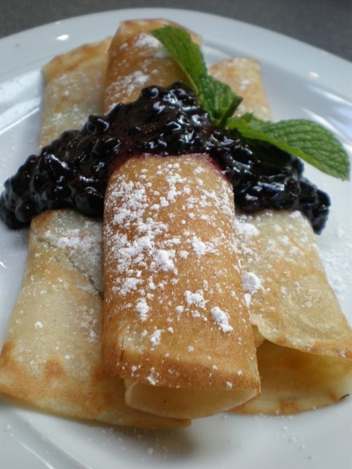 Vegan blueberry crepes recipe from http://theveganproject.wordpress.com/2010/08/01/vegan-blueberry-crepes/.