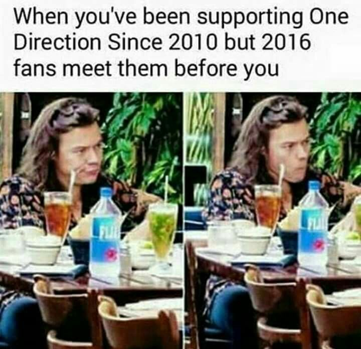Pin By Sidney Hess On 1d 11 One Direction Memes One Direction Humor I Love One Direction