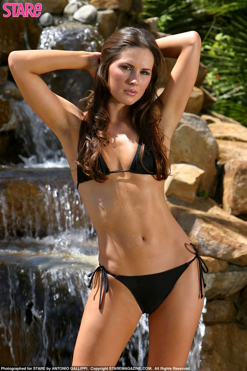 Hot Pre-TNA Bikini Photos of Knockout Chelsea!