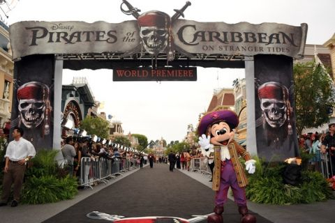 walt disney world pirates of the caribbean - Bing Images