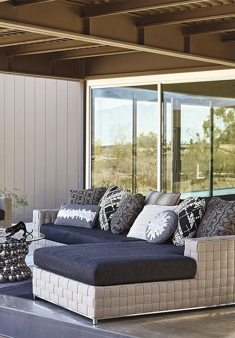 Exceptional Indoor Comfort Migrates Outdoors In Lucianou0027s Bold, Statement Making  Architectural Lines And Modern éclat