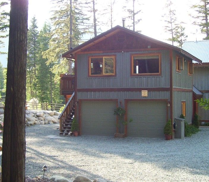 Nice Garage With Apartment Above | pole barn living space ...