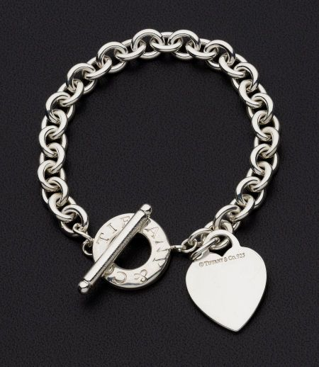 Design Your Own Photo Charms Compatible With Your Pandora: More Silver Bracelets Ideas