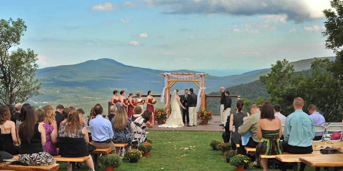wedding packages western australia%0A Hunter Mountain Resort Weddings   Get Prices for Catskills Wedding Venues  in Hunter  NY