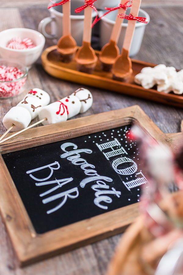 When it is cold outside, you are obligated to make a hot chocolate with fun marshmallow toppings. Here are hot chocolate bar ideas.  . . . . . #mostwonderfultimeoftheyear #hotchocolatetime #christmastime #hotcocoa #winter #hotchocolate #cozy #holiday #christmas #santa #marshmallow #chocolate #countdowntochristmas #christmasmood #december #snow #christmastree #arinaphotography #foodphotographer