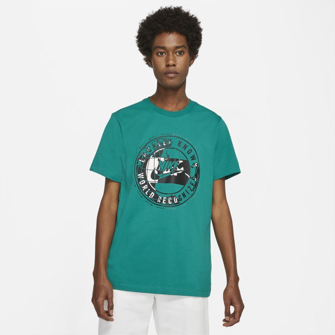 Nike Sportswear Men S T Shirt Nike Com In 2021 Mens Tshirts Nike Sportswear Mens Mens Shirts [ 1080 x 1080 Pixel ]
