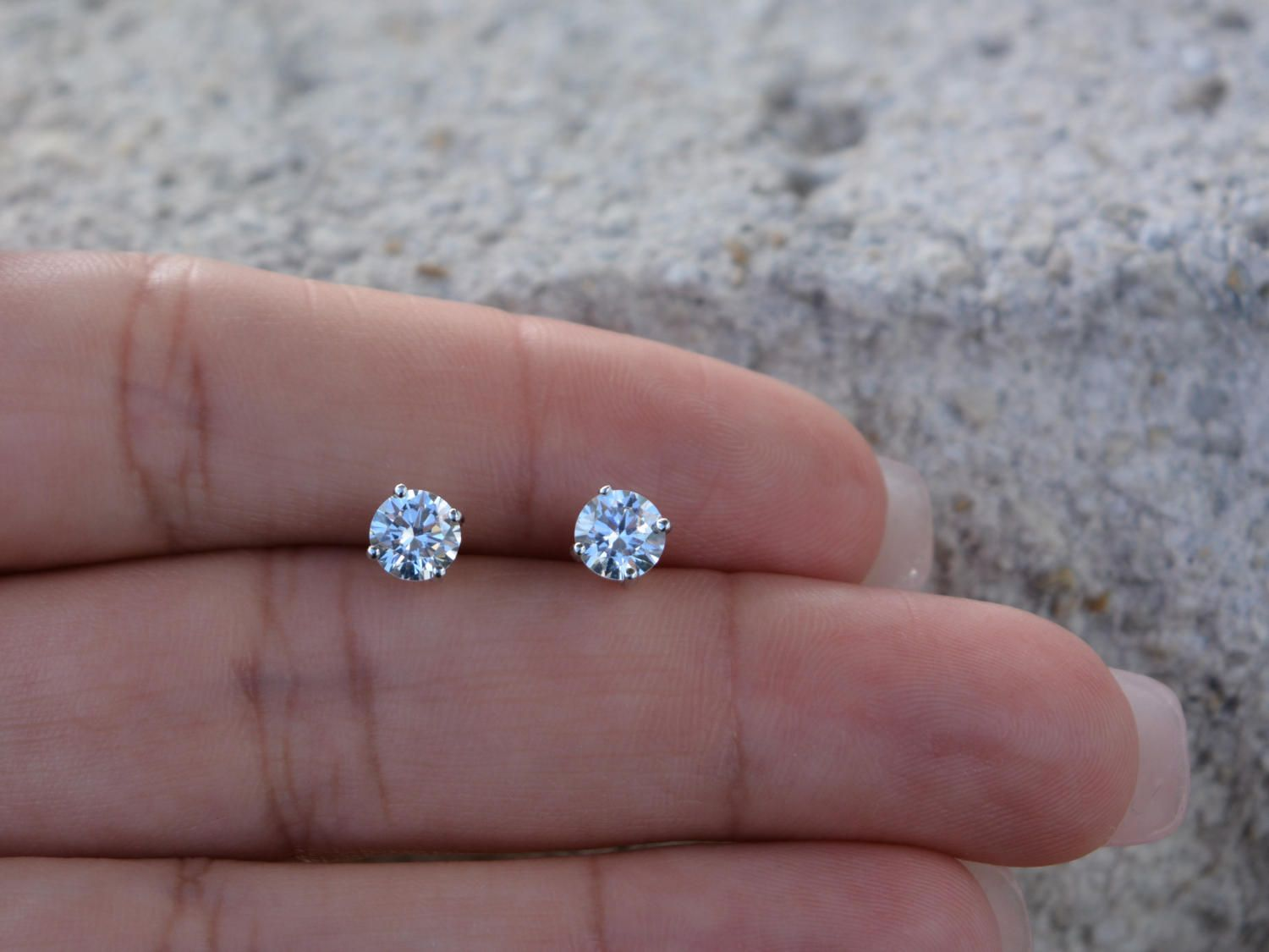 Sterling Silver 5mm Stud Earrings High Quality Cz Clic Round Studs