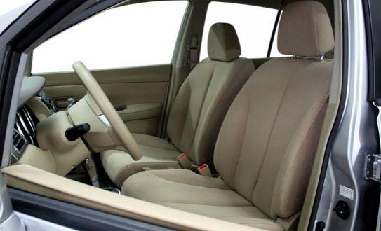 Eliminá los residuos de las vacaciones de los asientos de tu carro