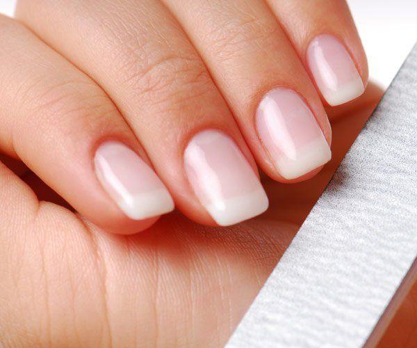 How To Make Nails White Stronger And Thicker Crecimiento De Unas Unas Mas Fuertes Salud De Las Unas