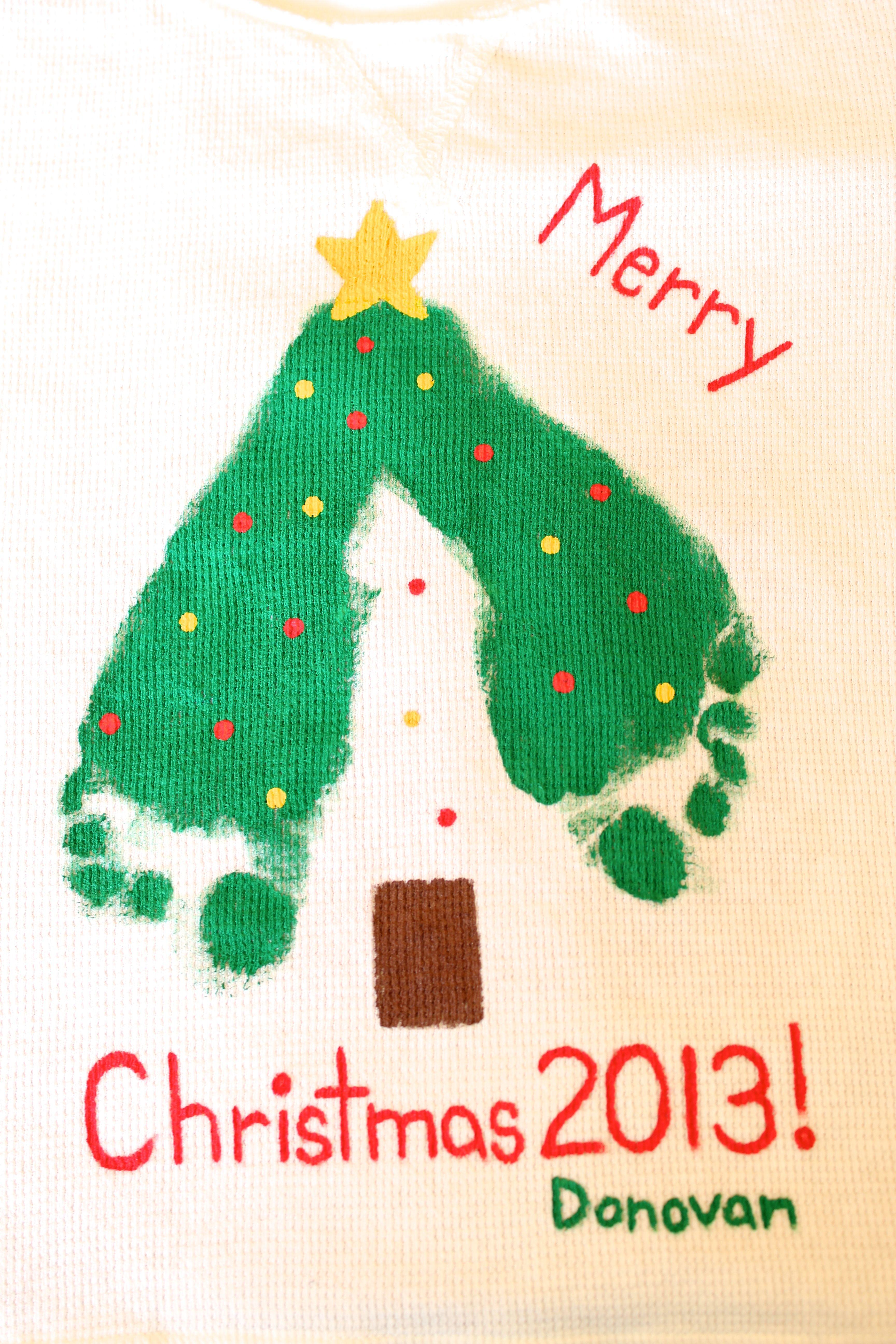 Christmas Footprint Crafts -- Make a Keepsake T-shirt for your Child ...