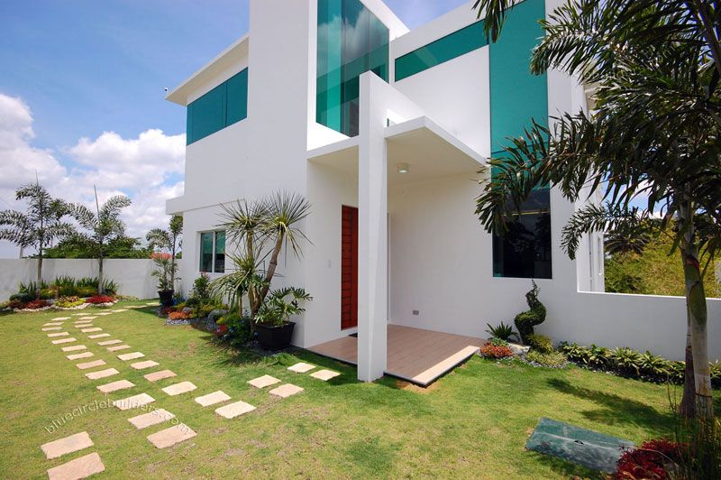 Modern home architecture in tagaytay city philippines for Filipino landscape architects