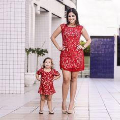 712fc2347 Cheap Mamá Madre e Hija Ropa de La Boda Vestidos de Encaje Rojo de La Flor  mediodía tarde tutu vestido de fiesta de verano mamá bebé girls clothing  conjunto ...