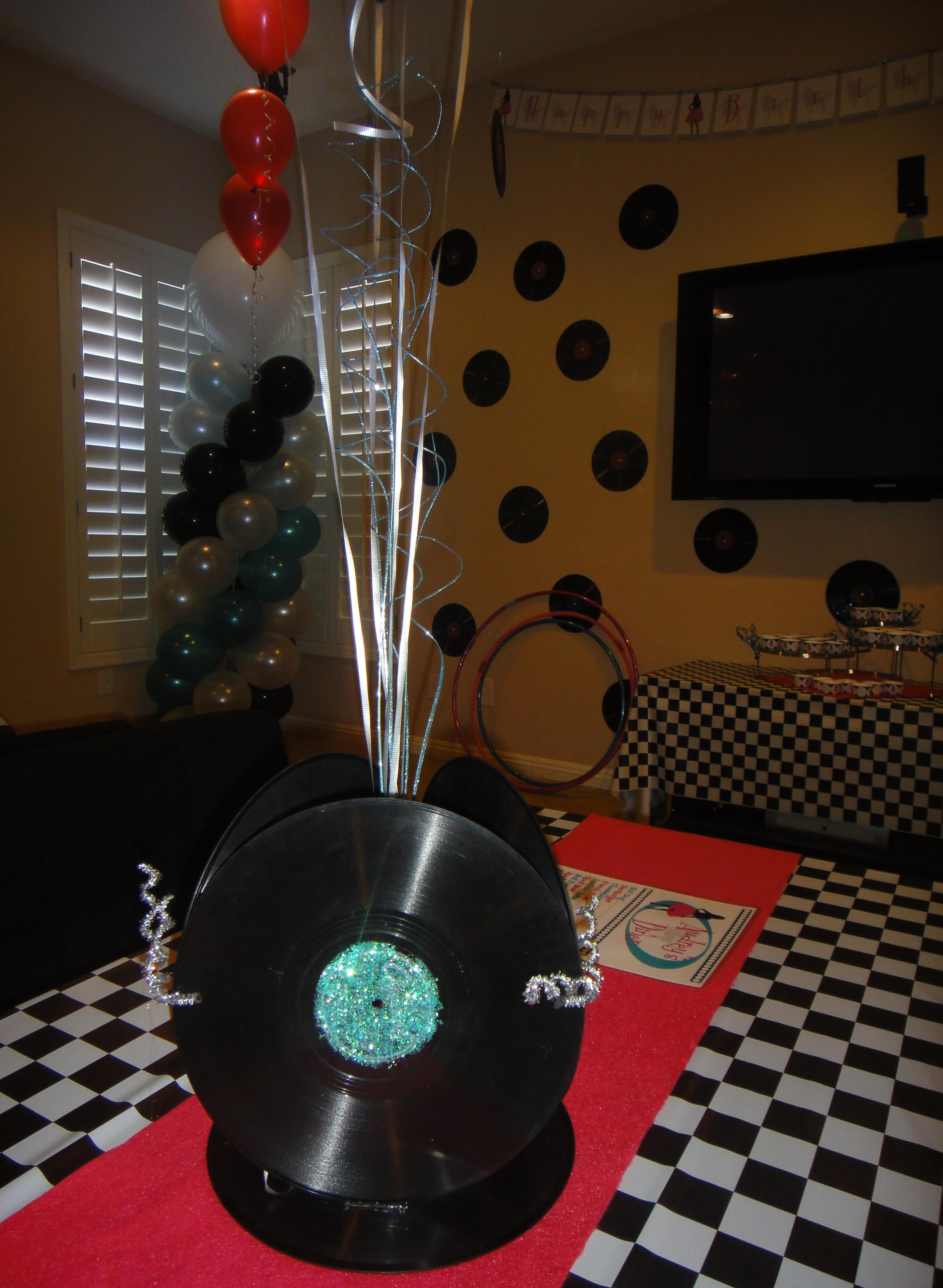 Centerpiece made from records 1950s party pinterest for 70s theme decoration ideas