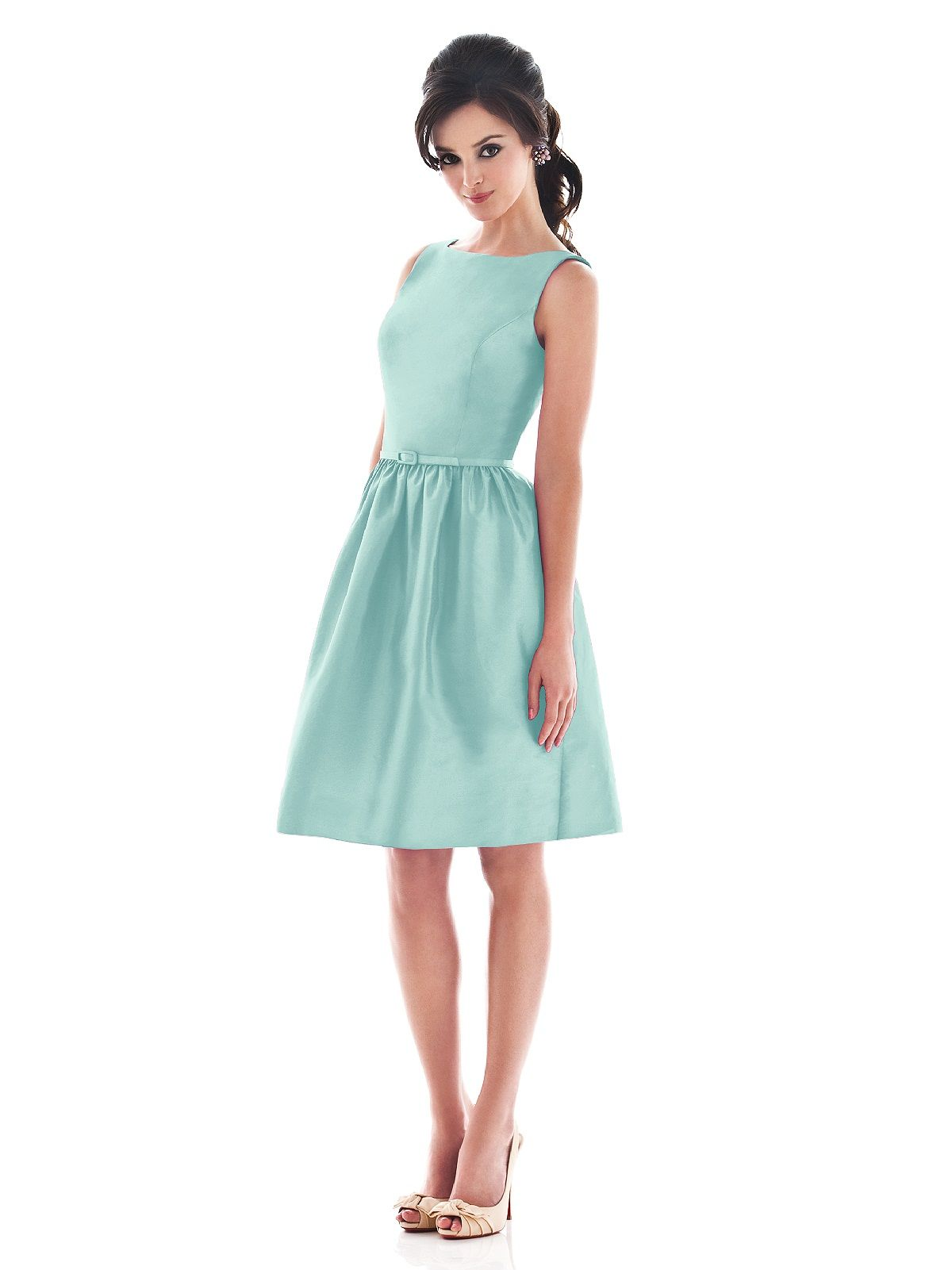 Alfred Sung Style D488 http://www.dessy.com/dresses/bridesmaid/d488/