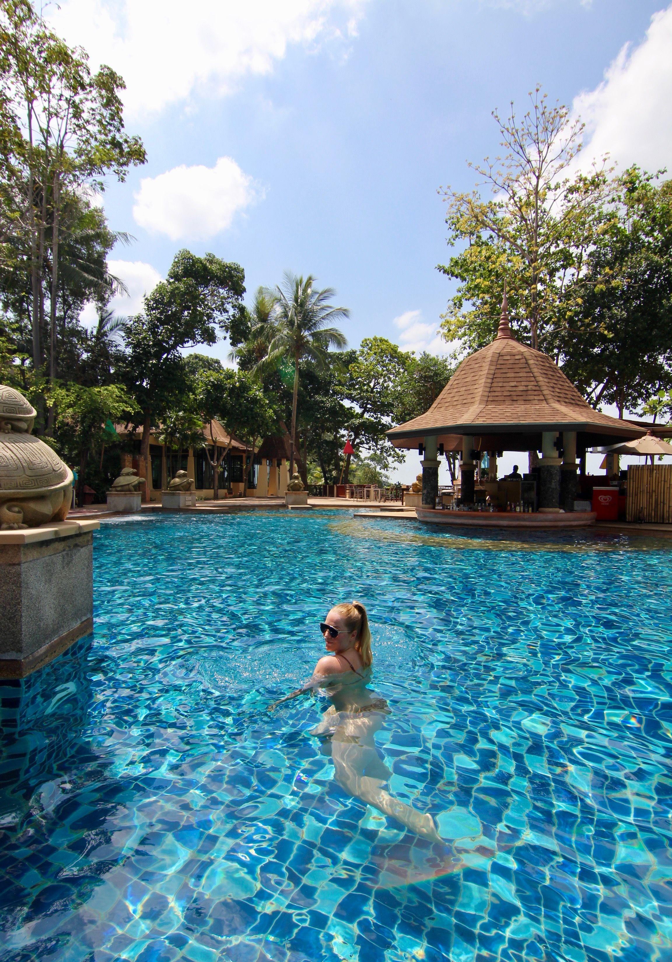 Ko Lanta Luxury resort pool