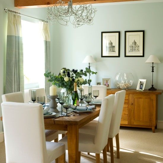 Step inside a new-build home dressed for Christmas | Repurpose ...