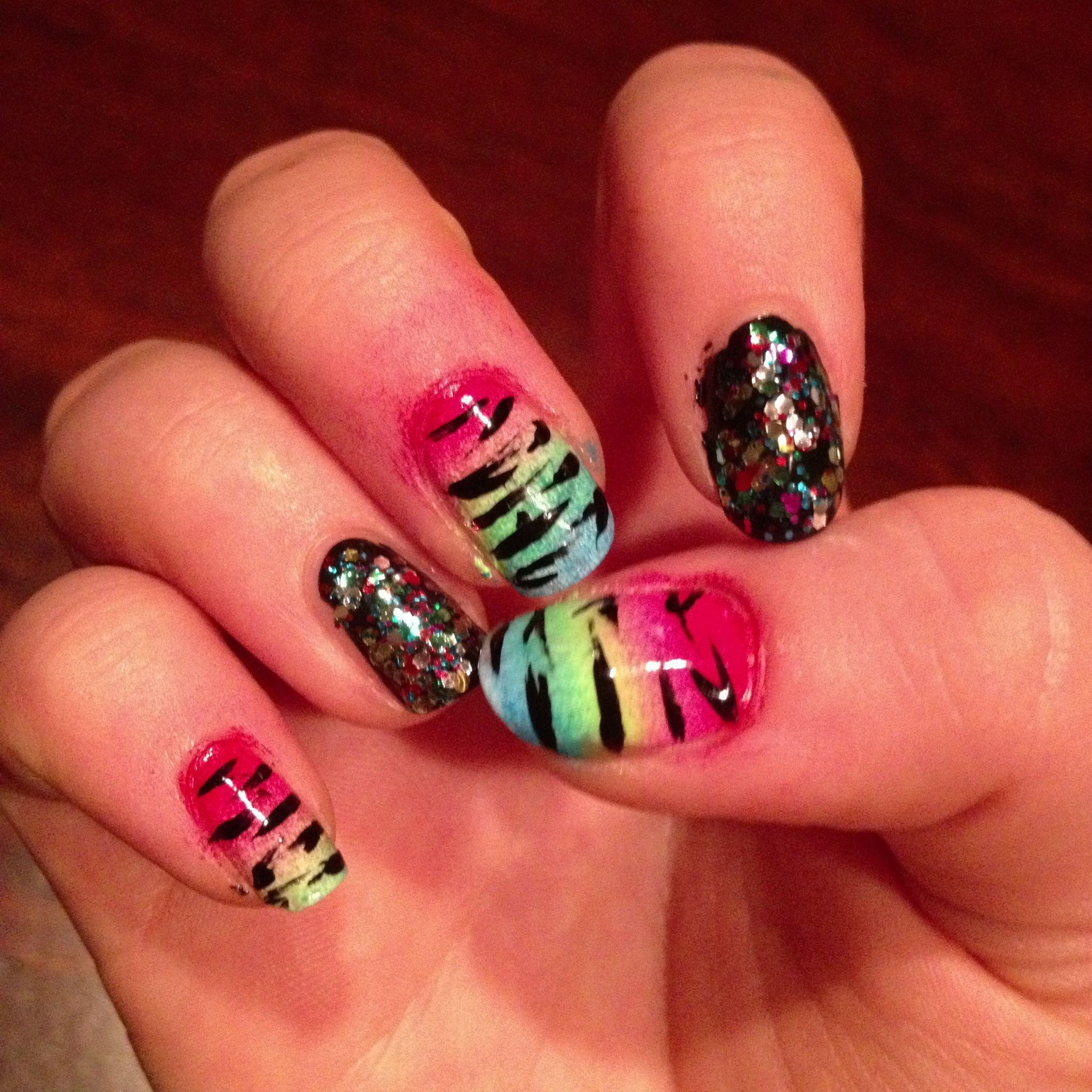 Glitzy Tiger Nails | Nails | Pinterest