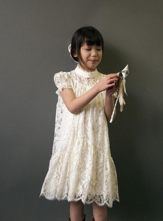 Robe dentelle blanche petite fille