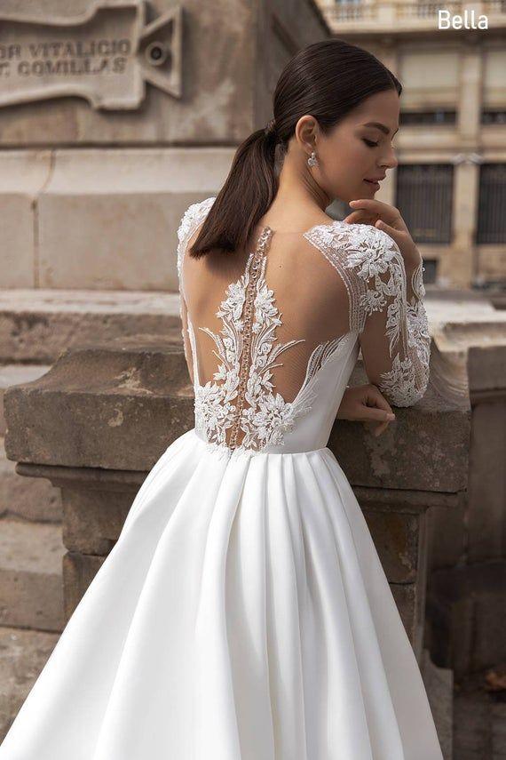 Classic satin wedding dress, Classic white wedding