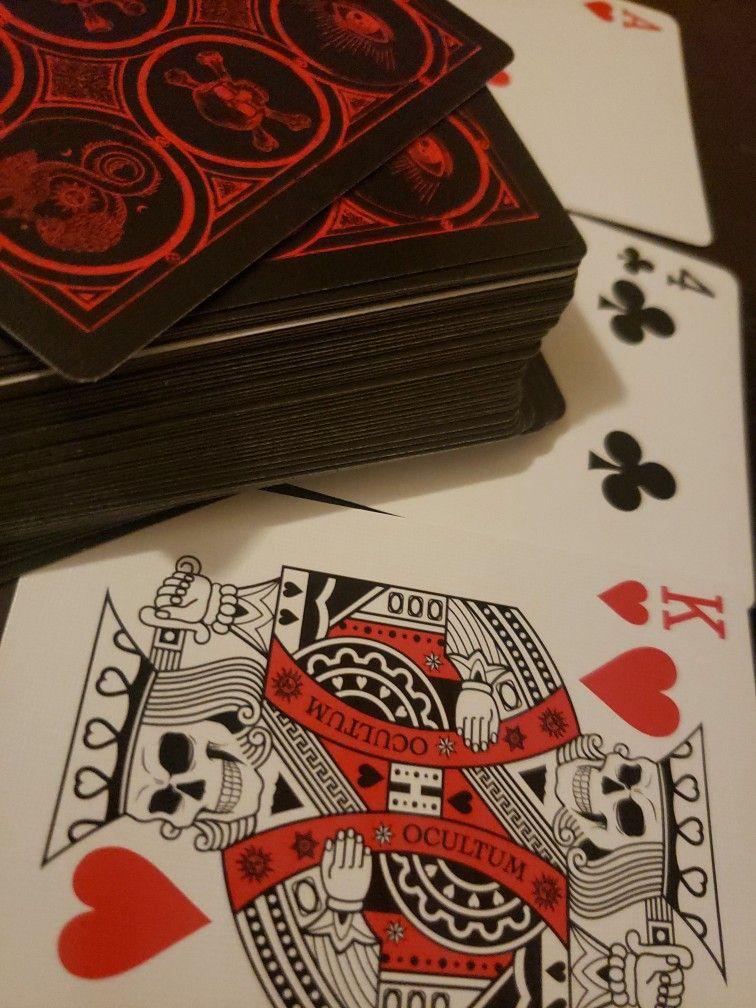 Read tarot with a simple deck of playing cards playing