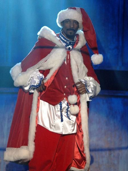 Snoop Dogg Christmas.Santa Snoop Lol Christmas Parties Santa Suits Snoop