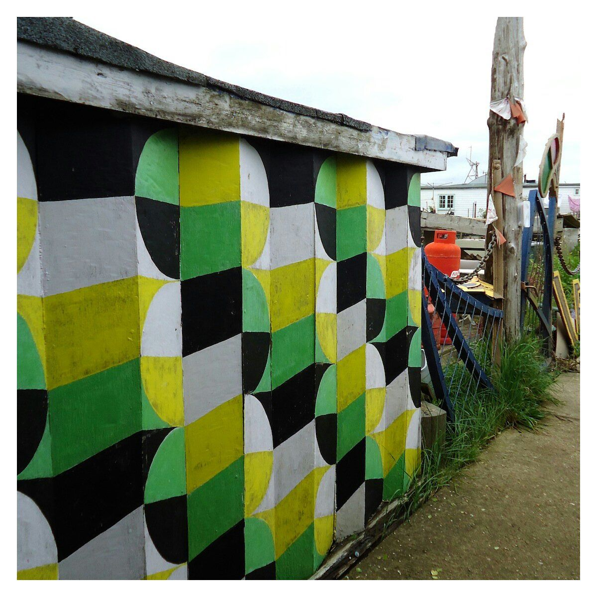 Painted wall near the houseboats and playground on Shoreham beach, May 2014 by @Ivy Arch