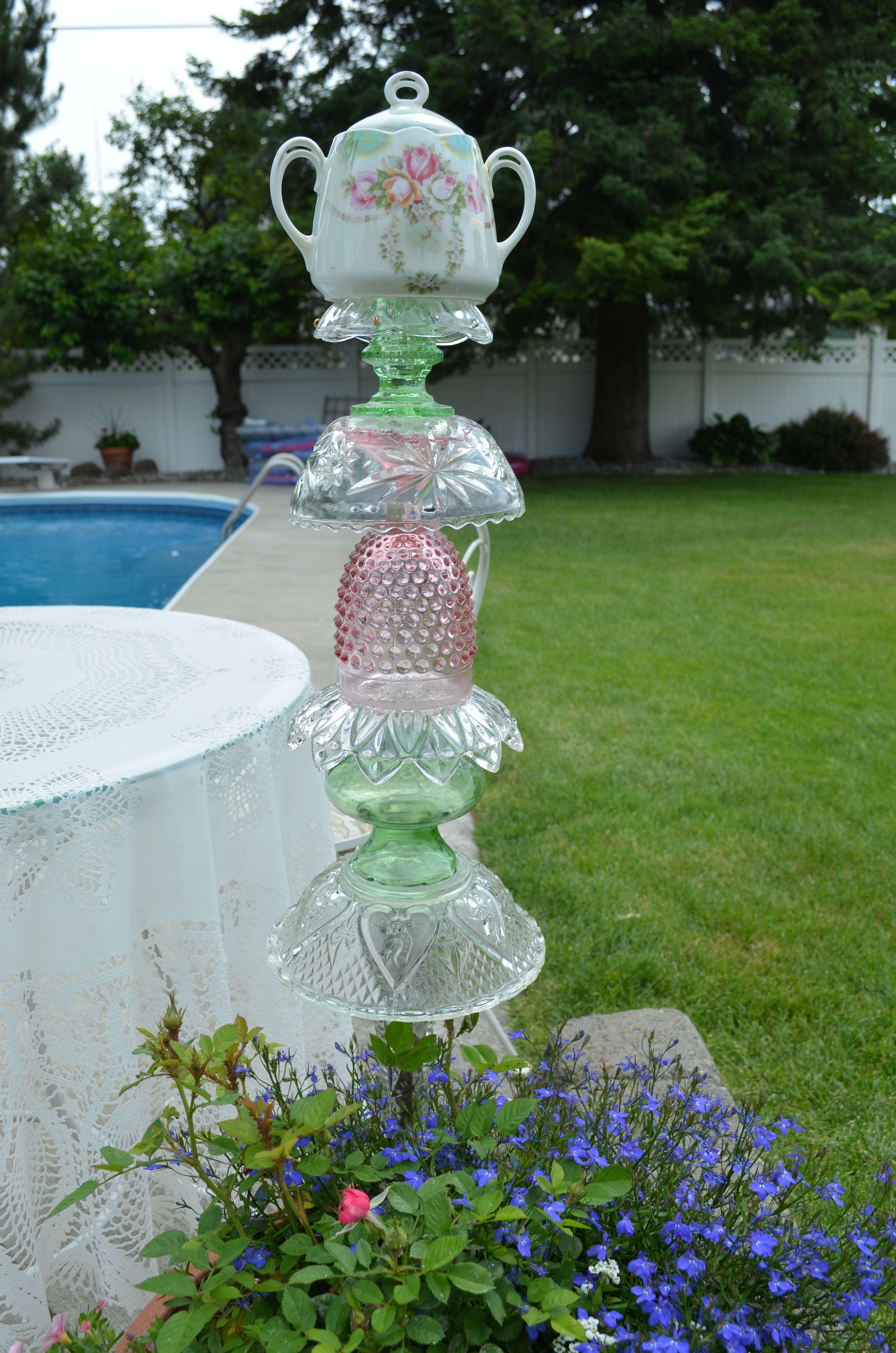 Glass Dishes Garden Totem | Glass sculpture | Pinterest | Garden ...