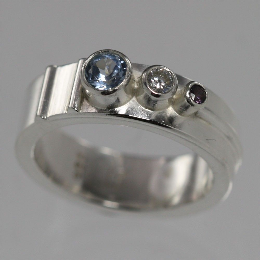 Custom Made Silver Mothers Ring- 3 Stone Sequence