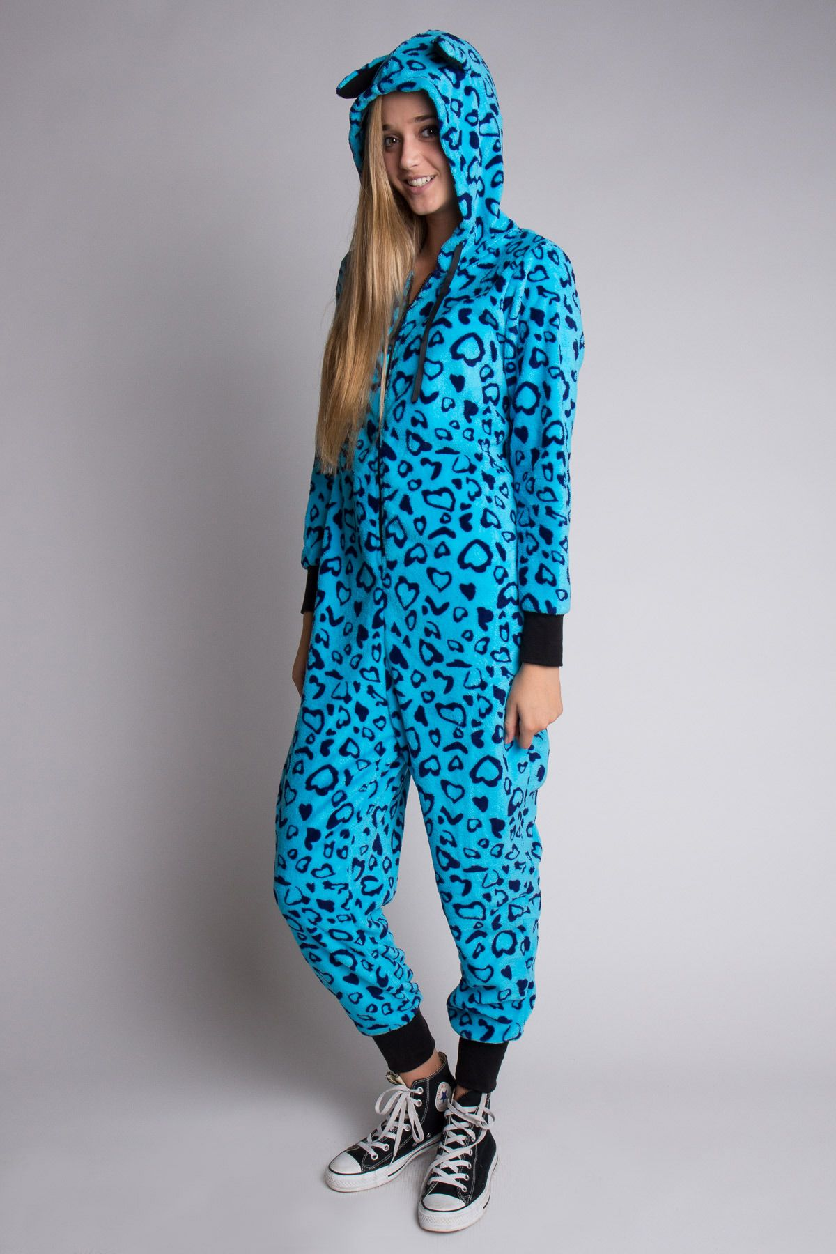 Blue Cheetah Onesie Pajamas! And I m pretty sure those spots are heart  shaped! a29ad264b