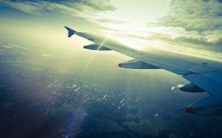 Find the best airfare deals with these digital tools.