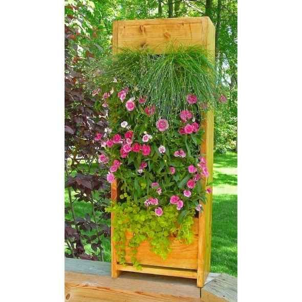 Simple Vegetable Garden Ideas For Your Living: Vertical Gardens Using Living Garden Walls