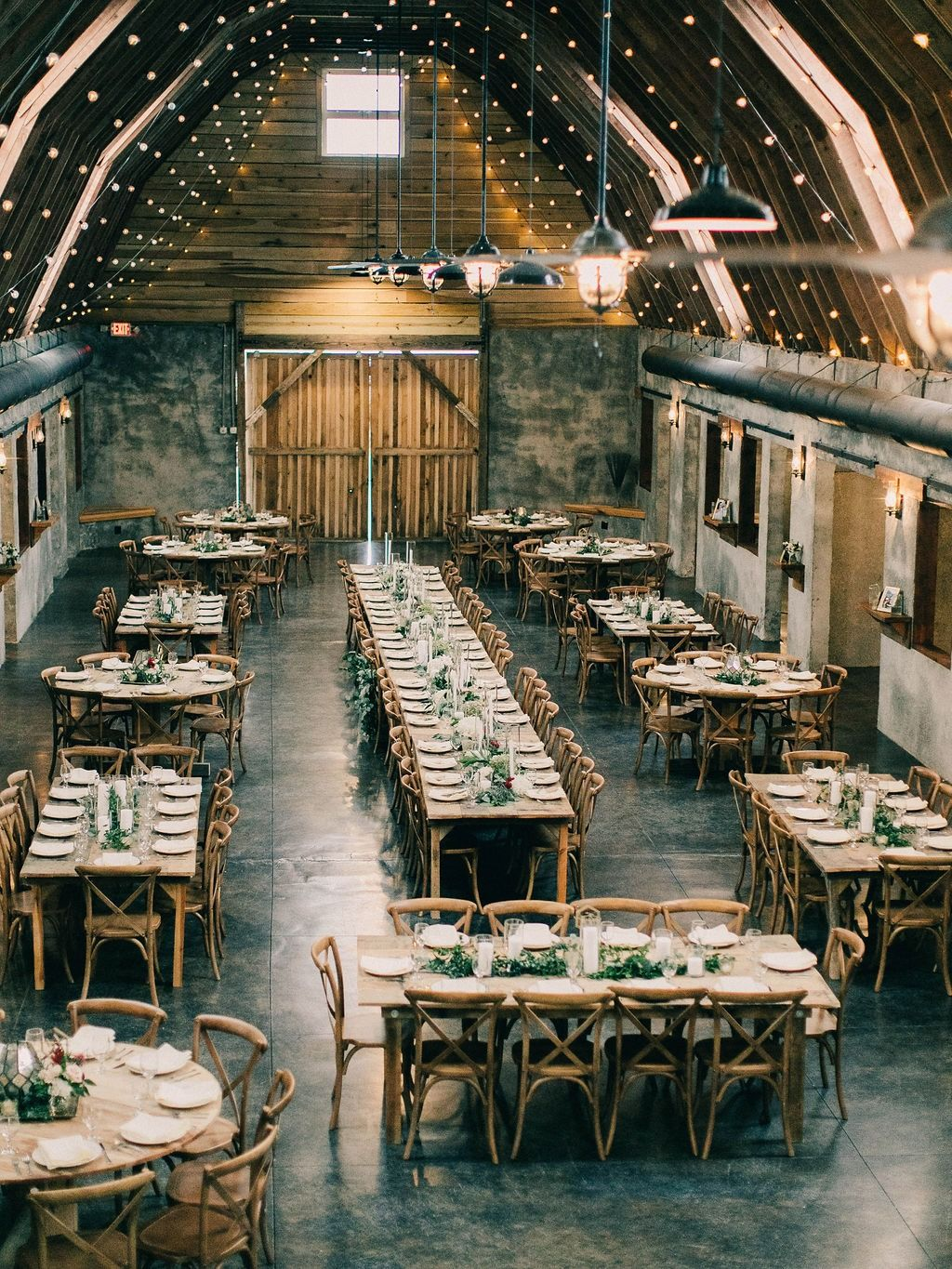 Overlook Barn Reception Layout For 175 People At Farm Tables And